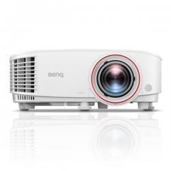 DLP DC3 DMD; 1080P; Brightness : 3000 AL; 1.2x zoom; High contrast ratio 10,000:1; Light Sensor thechnology; SmartEco ;